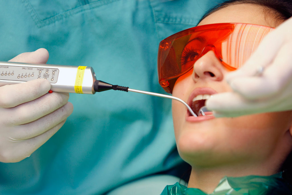 Зуб лазером хорошо
